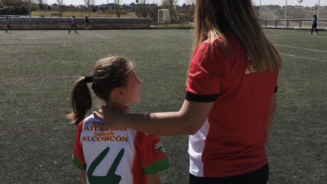 """Alexandra Miatov, entrenadora del club: """"Del Atlético Cañada destaco su apuesta incondicional por el fútbol femenino"""""""