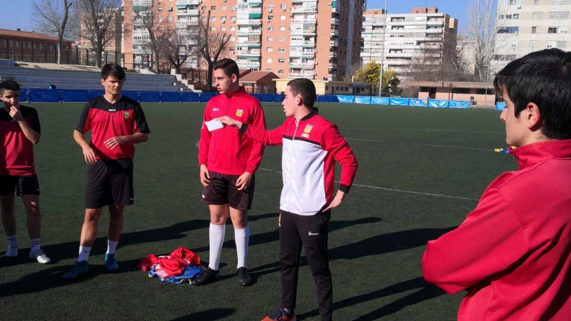 """Pepe, preparador físico y jugador del Cañada: """"El fútbol me aporta mucha salud mental y disfrute"""""""