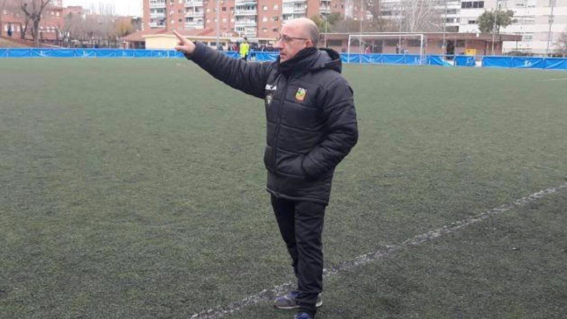 """José Tomás, entrenador del Aficionado 'B':""""Vamos hacer hincapié en el juego limpio y el respeto, sin olvidarnos de la entrega y la competitividad"""""""